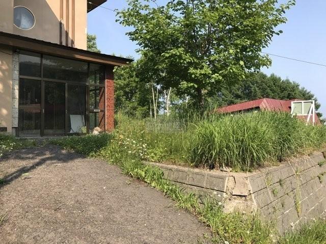 ☆自然に囲まれた家庭菜園できる広い一軒家☆